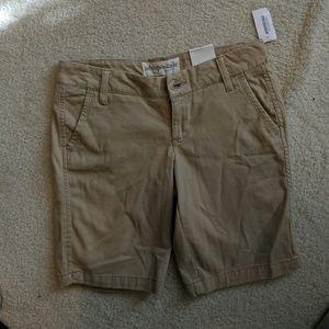 NWT--Aeropostale shorts